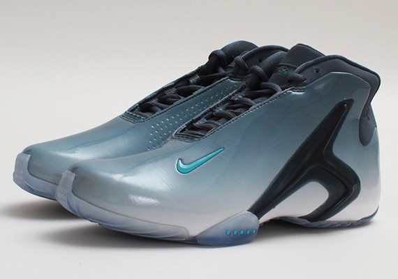 nike-hyperflight-prm-dark-armory-gamma-blue-3