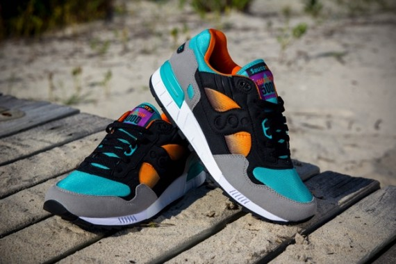 west-nyc-x-saucony-shadow-5000-tequila-sunrise-4
