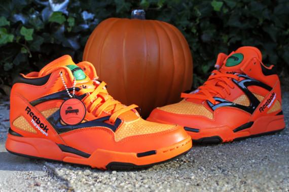 reebok-pump-omni-lite-pumpkin-release-reminder-02-570x378