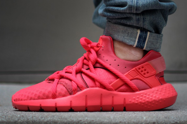 brand new a440c 42b23 nike-huarache-nm-red