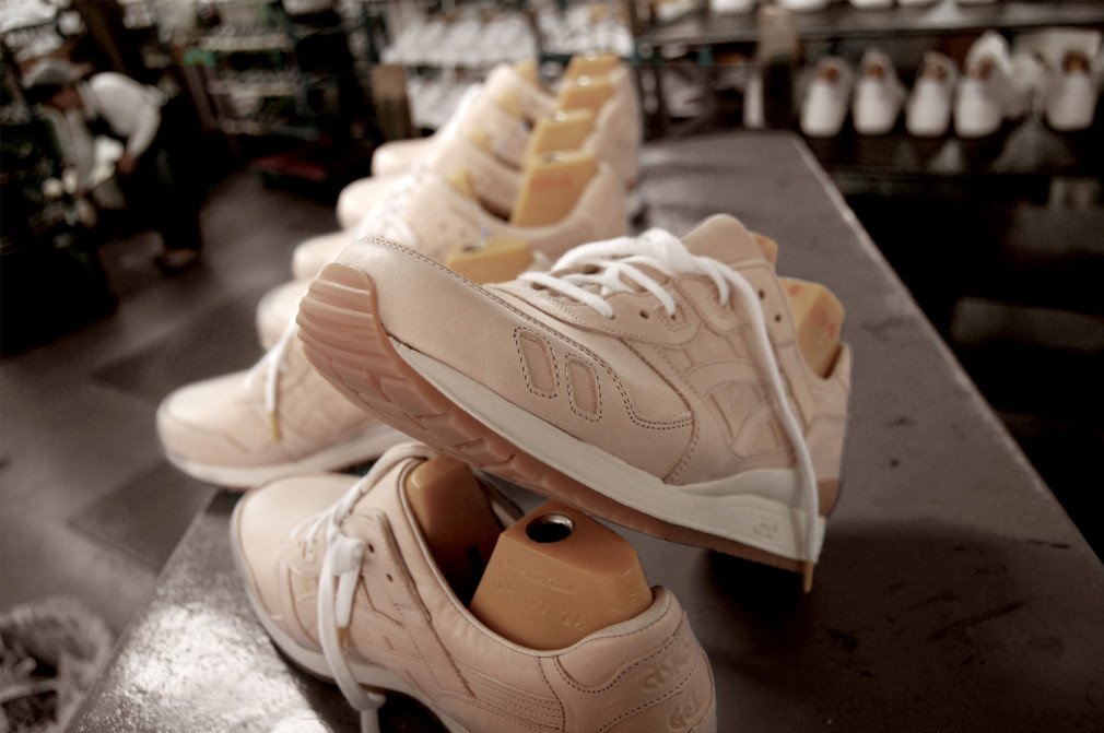 a-closeup-look-at-how-the-vegetable-tanned-asics-gel-lyte-iiis-are-made-6