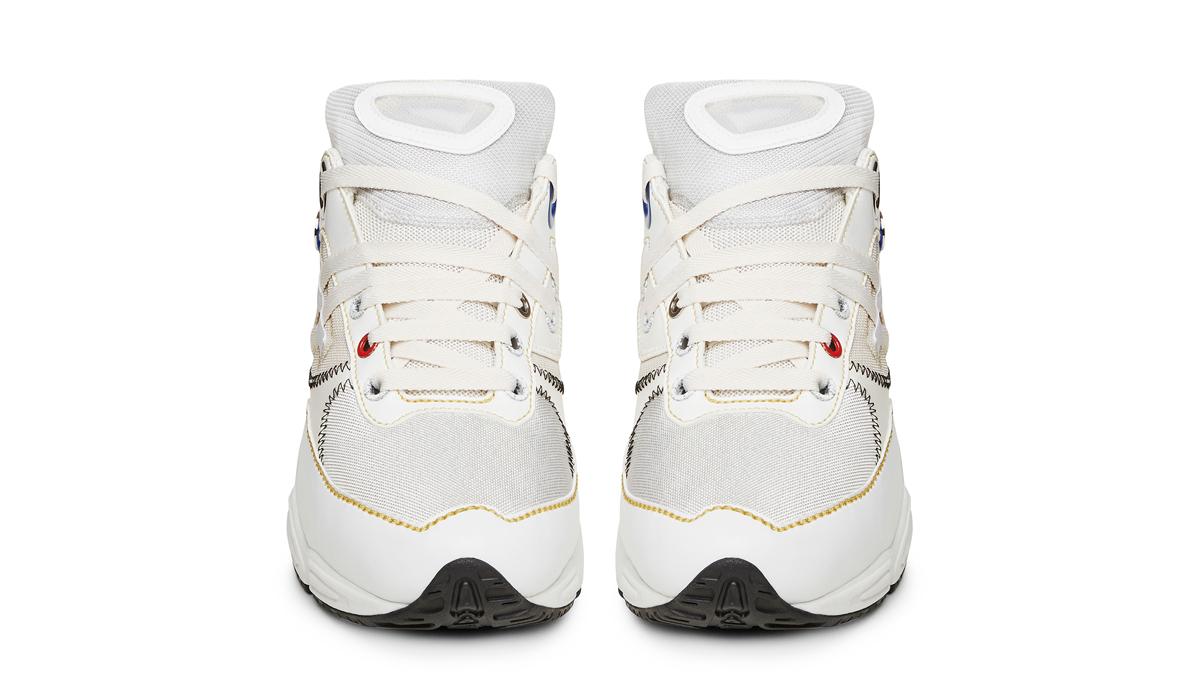 Raf Simons x adidas Ozweego Rob02