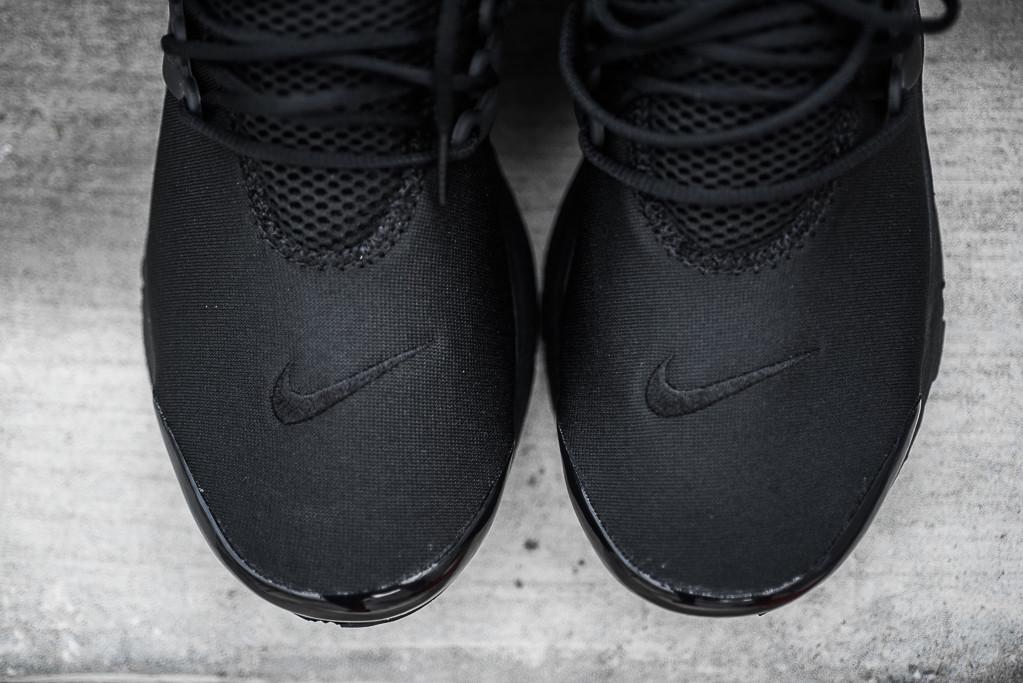 Nike_Air_Presto_Black_Black_Sneaker_Politics_Hypebeast_4