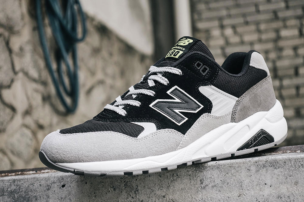 new-balance-580-dark-new-colorways-for-fall-2