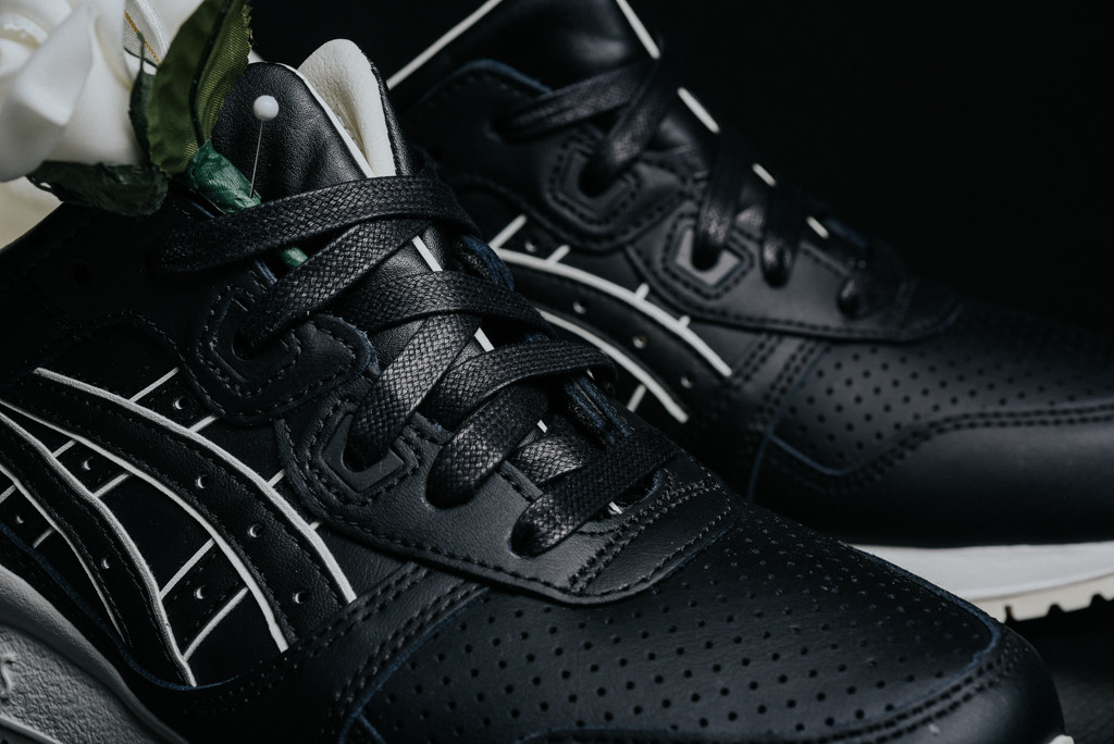 asics_gel_lyte_iii_black_black_h6s3l9090_sneaker_politics-0117